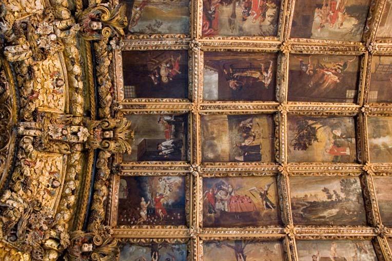 Pintura com representações da vida de São Vicente na cobertura da capela-mor da Igreja de São Vicente de Sousa