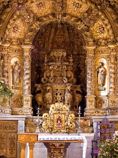 Retábulo principal da Igreja de São Vicente de Sousa