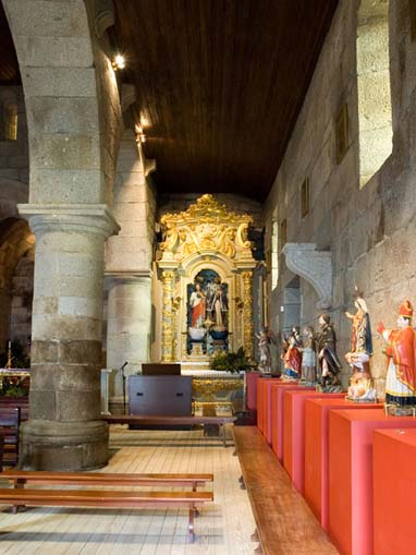 Nave lateral sul da Igreja de Santa Maria de Airães
