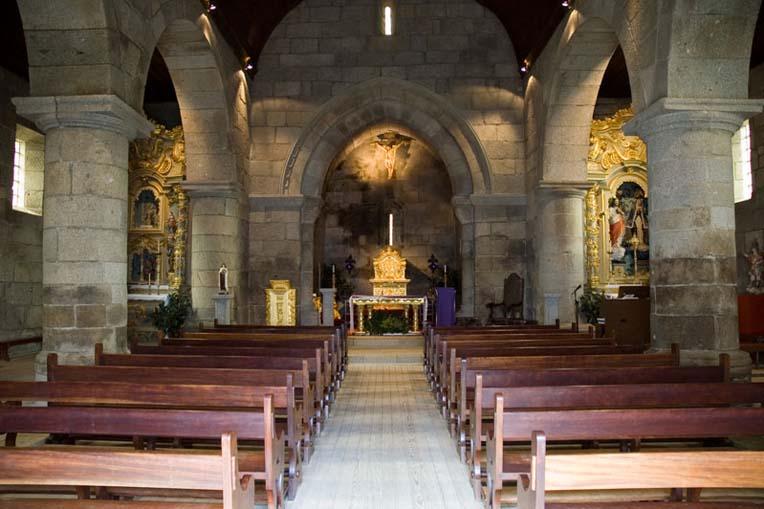 Interior da Igreja de Santa Maria de Airães